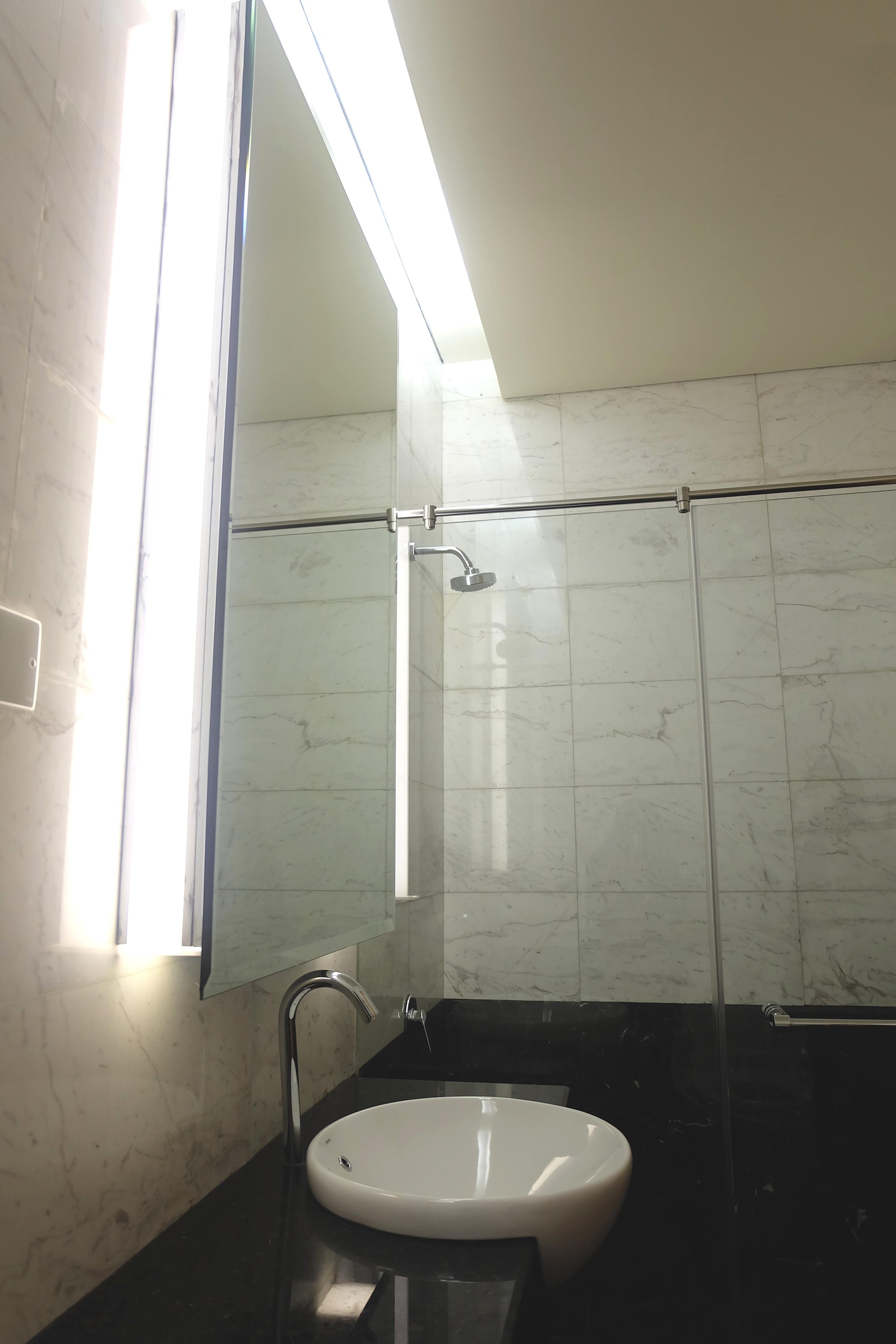 Executive Restroom 2